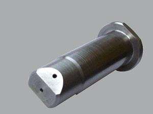 Bolzenfertigung aus Metall bei der DFH Wildeck GmbH