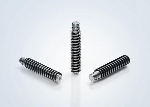 Metalldrehteile mit Gewinde von der Thierbach GmbH
