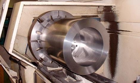 CNC-Fertigung mit modernster Technik